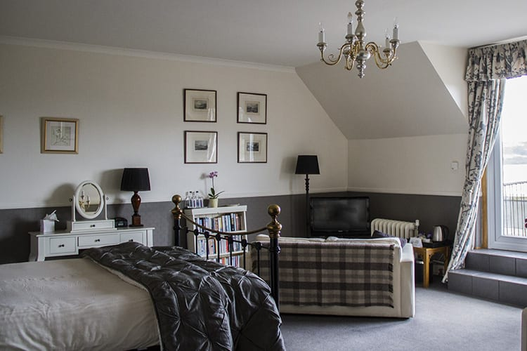 loch-melfort-hotel-oban-suite-full-view