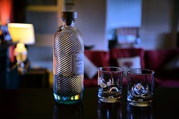 loch-melfort-oban-hotel-harris-gin
